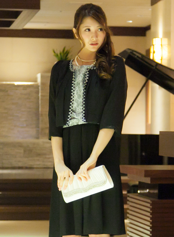お食事会にも着ていける日本製リバーシブルボレロ
