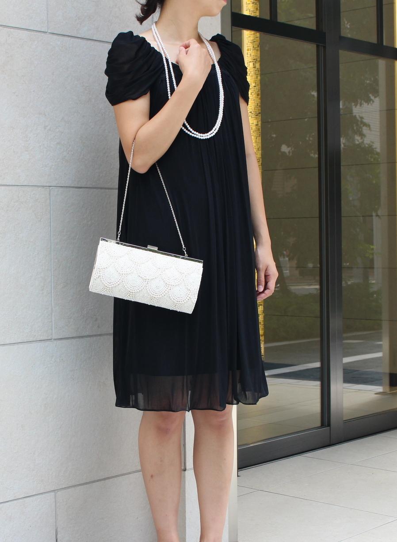 妊娠中の方でも着やすいシルエットのお呼ばれドレス