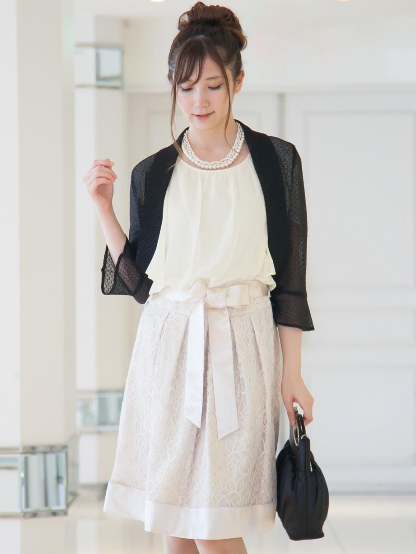 日本製の華やかなラメ入りボレロ